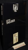 Sophie Taeuber. Paris: Musée dArt Moderne, 1989. 143 Seiten mit Abbildungen und Literaturverzeichnis. Flexibler Pappband (gebunden). 4to. - Pagé, Suzanne, Erika Billeter